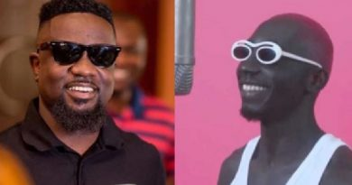 Sarkodie and Bosom Pyung